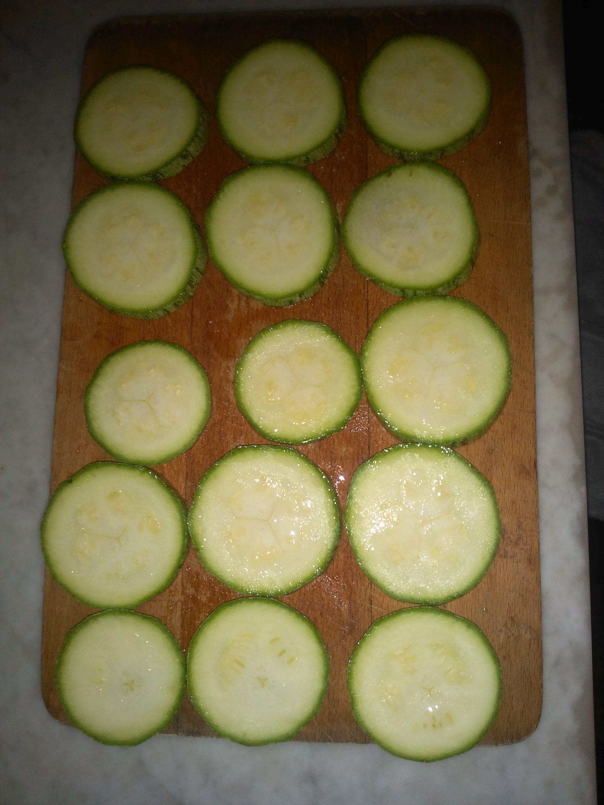 Frittelle di zucchine allo zenzero ricetta vegana for Cucinare zenzero